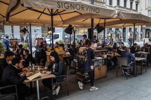 Włochy luzują część obostrzeń. Klienci wrócili do restauracji