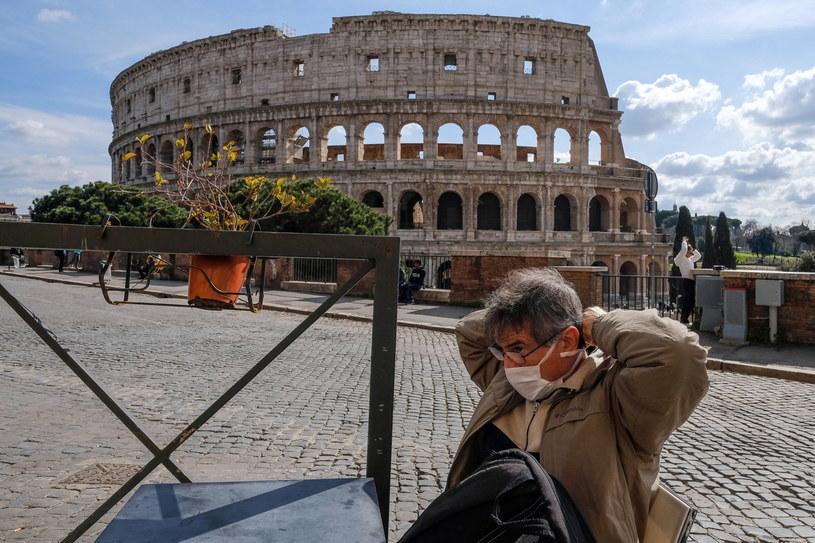 Włochy opustoszały z powodu koronawirusa. Szczególnie widać to w najbardziej charakterystycznych miejscach. /ALESSANDRO DI MEO /PAP/EPA