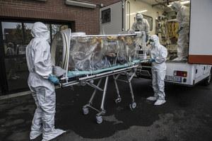 Włochy: Z 631 do 827 wzrosła liczba zmarłych zakażonych koronawirusem