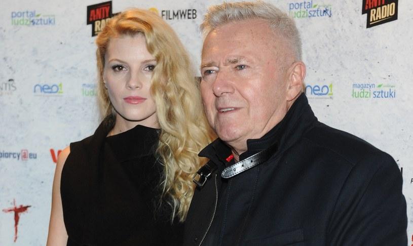 Włodzimierz Matuszak z partnerką Karoliną Nolbrzak