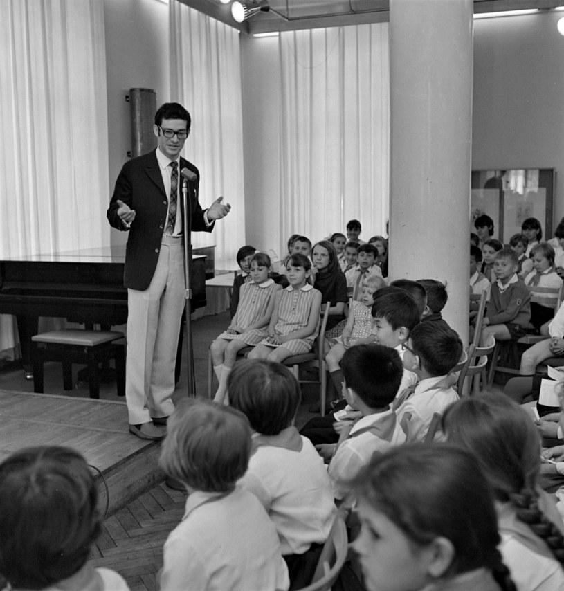 Włodzimierz Press podczas spotkania z radziecką młodzieżą /Romuald Broniarek /Agencja FORUM