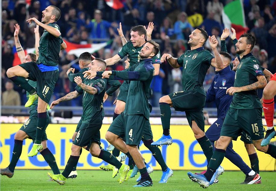 Włoscy piłkarze wygrali u siebie z Grecją 2:0 /ETTORE FERRARI /PAP/EPA