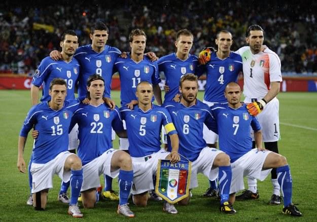 Włosi chętnie zobaczyliby Squadra Azzurra w roli gospodarza Euro 2012 /AFP
