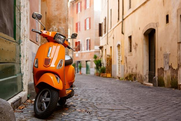 Włosi pozamykają oszustów podatkowych? Na zdj. uliczka w Rzymie /©123RF/PICSEL