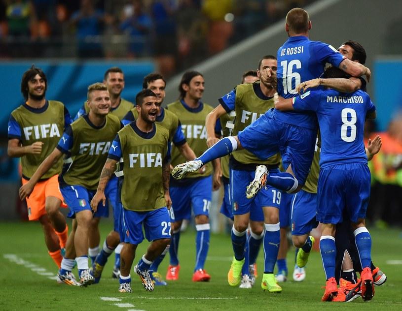 Włosi swiętują gola Claudio Marchisio /AFP