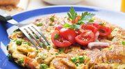 Włoska frittata z batatami i groszkiem