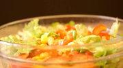 Włoska sałatka warzywna z serem