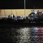 Włoska Straż Przybrzeżna zlokalizowała wrak z ciałami imigrantów