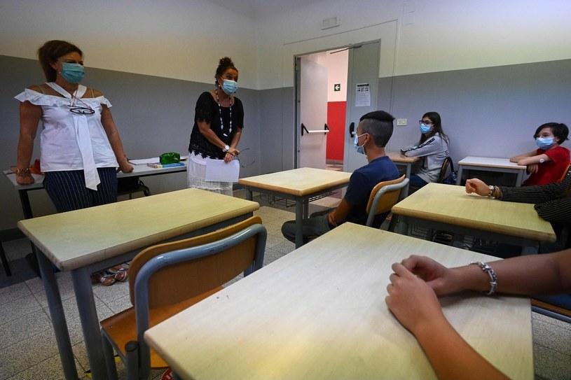 Włoska szkoła w czasie pandemii, zdjęcie ilustracyjne. /VINCENZO PINTO /AFP