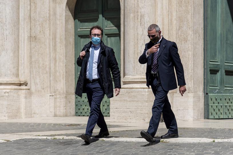 Włoski minister sprawiedliwości Alfonso Bonafede (po lewej) /Stefano Montesi/Corbis /Getty Images