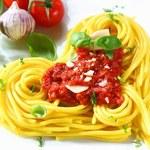 Włoski sos do makaronu