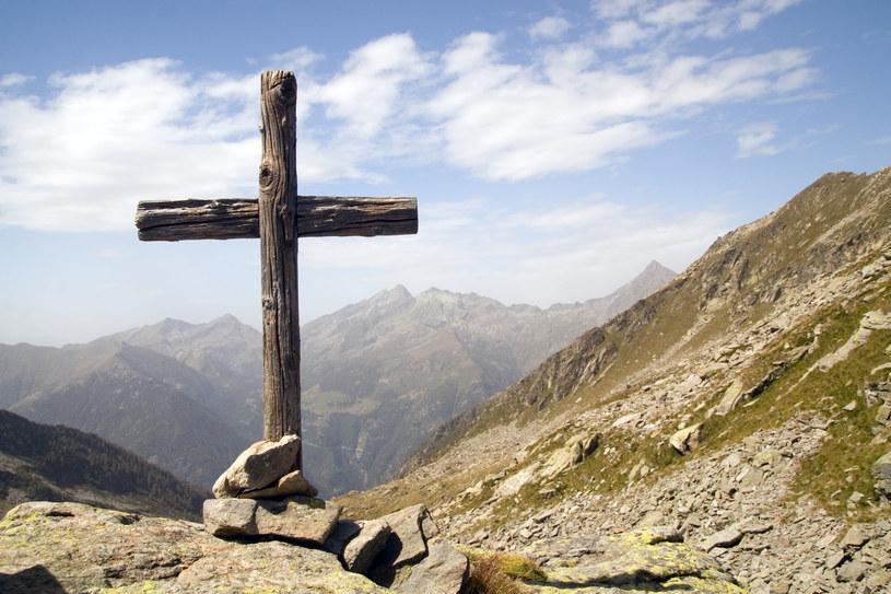 Włoskie Alpy kryją w sobie wiele tajemnic i legend /123RF/PICSEL