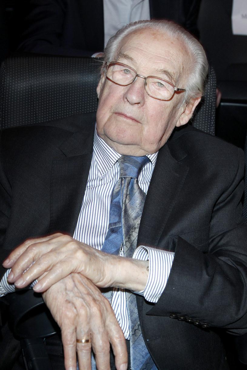 Włoskie media podkreślają, że Andrzej Wajda był najbardziej popularnym polskim reżyserem /Podlewski /AKPA