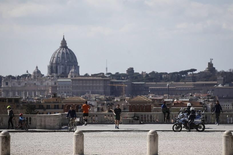 Włoskie miasta opustoszały /Fabio Frustaci /PAP/EPA