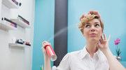 Włosy pod napięciem. Jak radzić sobie z elektryzującymi włosami?