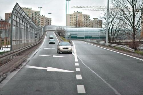 Wlot drogi jednokierunkowej /Motor