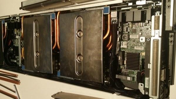 Wnętrze Apollo 8000. /instalki.pl