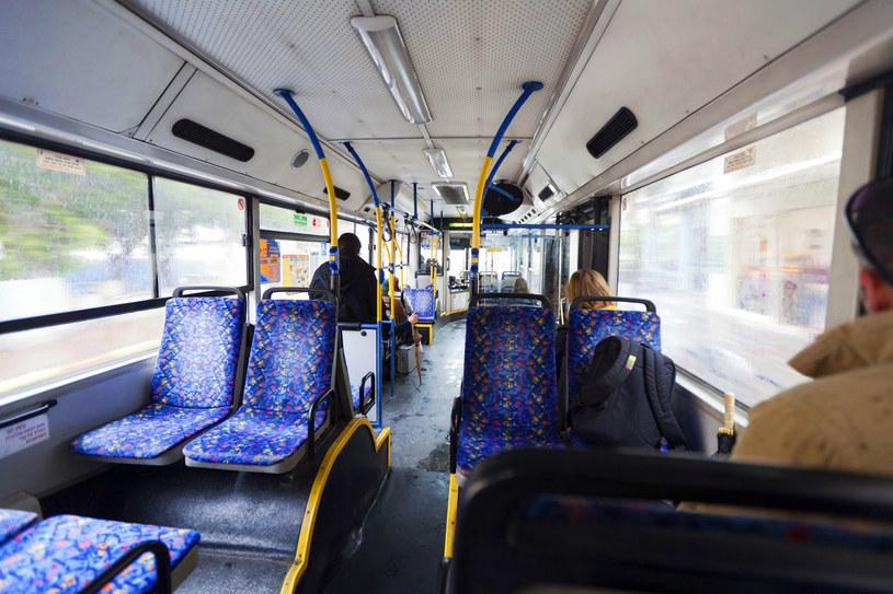 Wnętrze autobusu, zdjęcie ilustracyjne / Eldad Carin /123RF/PICSEL