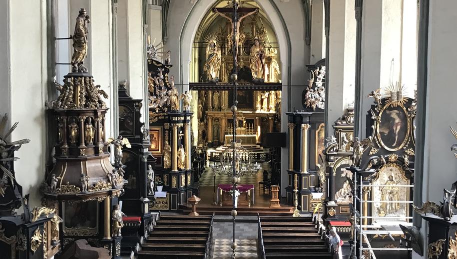 Wnętrze kościoła św. Mikołaja /Kuba Kaługa /RMF FM