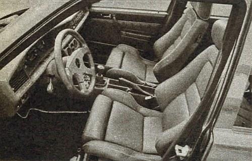 Wnętrze modelu Q6. Siedzenia mają kształty podobne do wyczynowych. Nawet kierownica wykonywana jest specjalnie tylko dla tego modelu. /Brabus