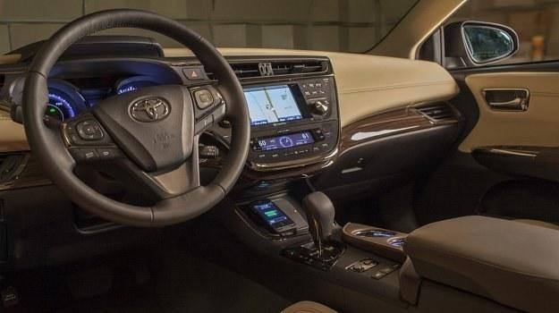 Wnętrze nowego Avalona. To topowy osobowy model Toyoty na rynku północnoamerykańskim. /Toyota