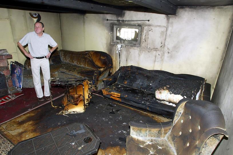 Wnętrze polskiego domu, w który trafił piorun kulisty /East News