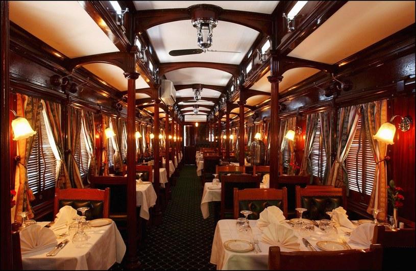 Wnętrze Rovos Rail przypomina luksusowy hotel /David LEFRANC/Gamma-Rapho via Getty Images /Getty Images