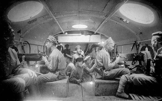 Wnętrze wagonu w bolszewickim pociągu typu Chunchuz /Archiwum autora