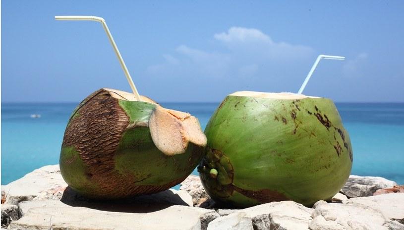 woda kokosowa i zdrowie /© Photogenica