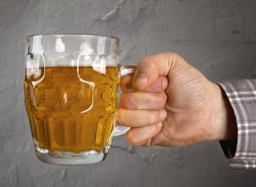"""Woda mineralna, czy """"kranówa"""" - dla smaku piwa to nie ma żadnego znaczenia /123RF/PICSEL"""