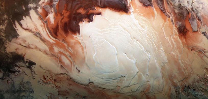 Woda na Marsie jest powszechna /NASA