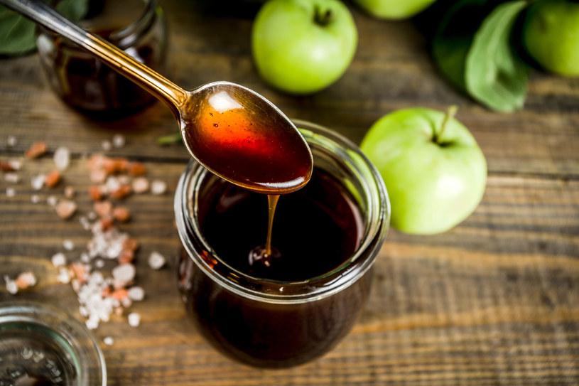 Woda spod owoców może zastąpić cukier /123RF/PICSEL
