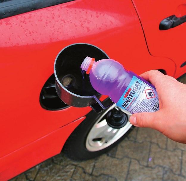 woda w paliwie /Motor
