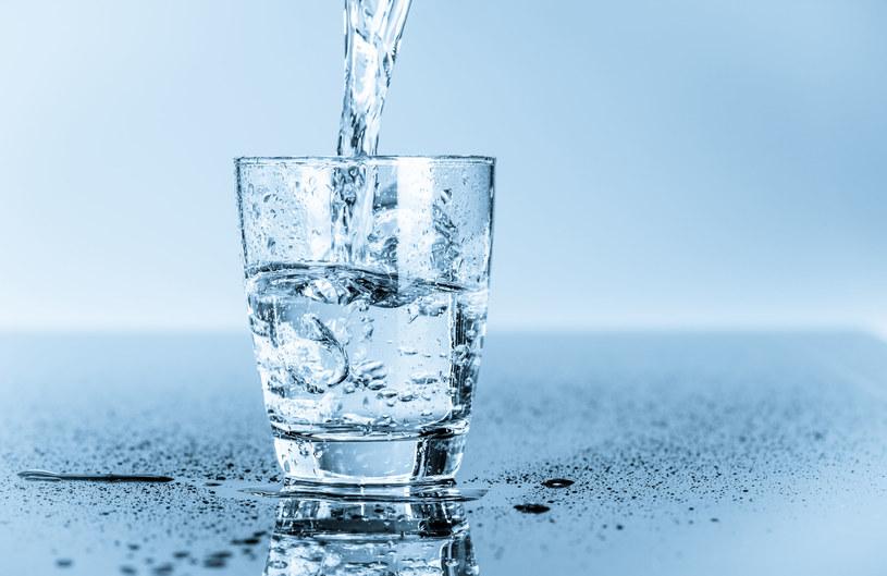 Woda zdatna do picia to rzadkie dobro występujące w naturze /123RF/PICSEL