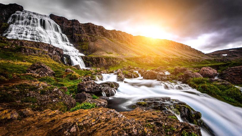 Wodospad Dynjandi /123RF/PICSEL