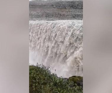 Wodospad na Islandii. Wideo