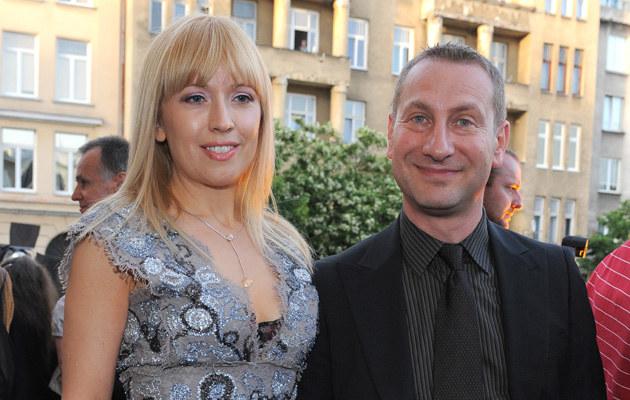 Wojciech Jagielski z żoną, fot.Andras Szilagyi  /MWMedia