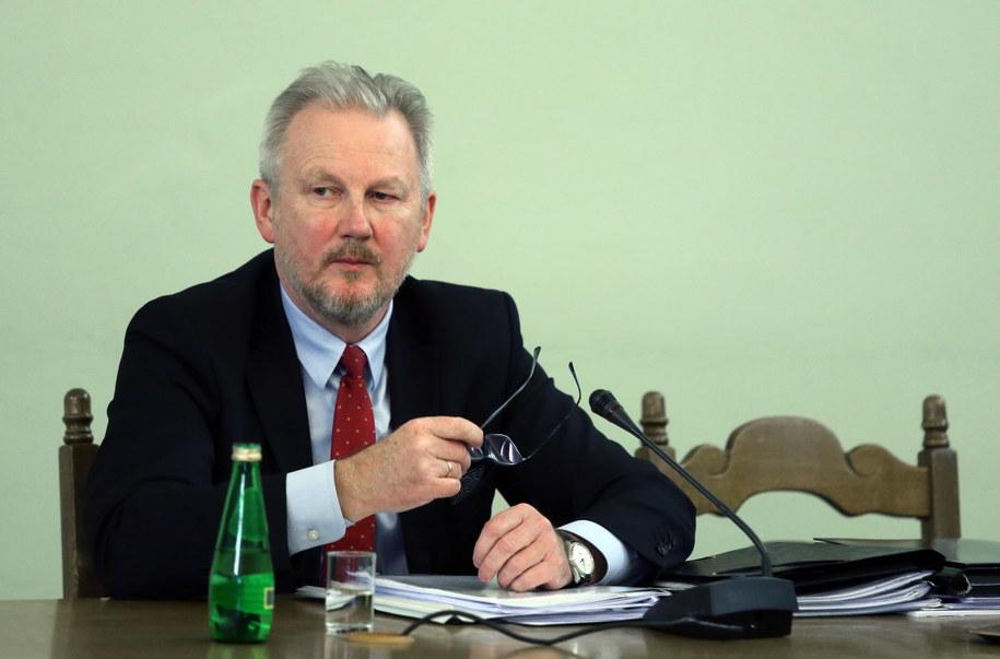Wojciech Kwaśniak podczas zeznań przed sejmową komisją śledczą ds. Amber Gold / Tomasz Gzell    /PAP