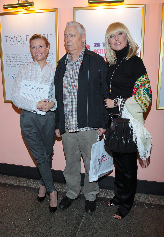 Wojciech Młynarski z córkami /Paweł Przybyszewski /MWMedia
