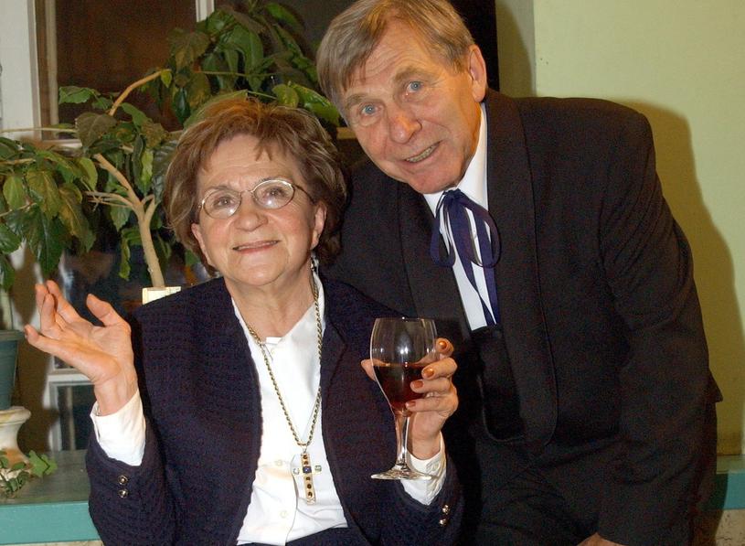 Wojciech Siemion z żoną Jadwigą; zdj. ze stycznia 2004 roku /Tricolors /East News