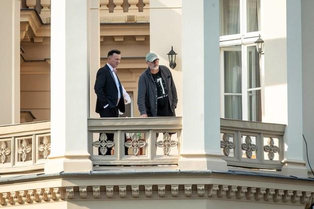 """Wojciech Smarzowski i Robert Więckiewicz na planie """"Wesela"""" w Ostromecku /Tytus Żmijewski /PAP"""