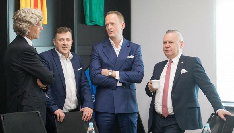 Wojciech Strzałkowski (pierwszy z prawej) /Tomasz Jastrzębowski /PAP