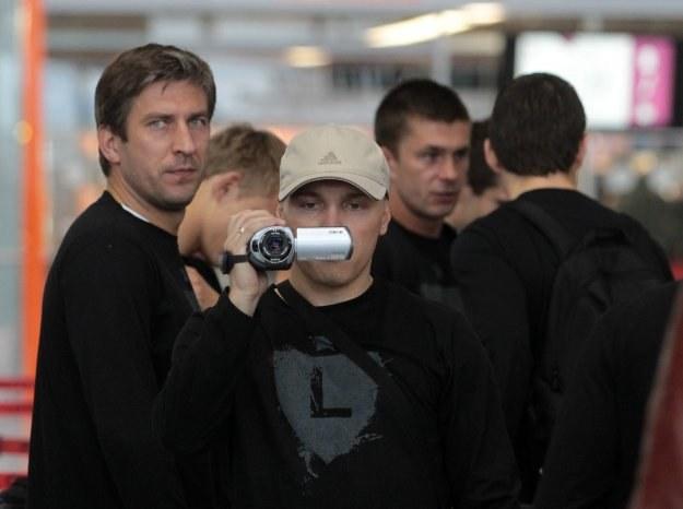 Wojciech Szala (z lewej) i Maciej Iwański przed odlotem do USA / fot Marek Zieliński /INTERIA.PL/PAP
