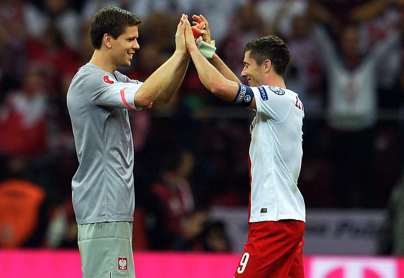 Wojciech Szczęsny i Robert Lewandowski po triumfie nad Niemcami /AFP