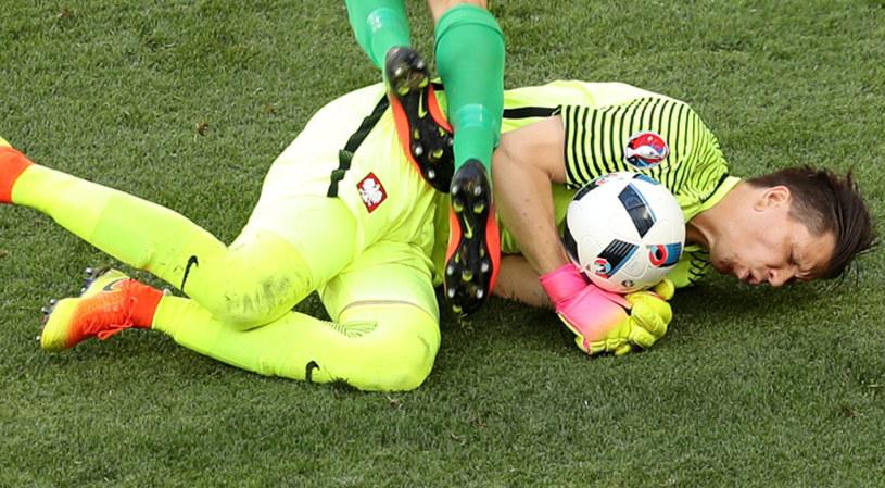 Wojciech Szczęsny ucierpiał w meczu z Irlandią Północną /PAP/EPA