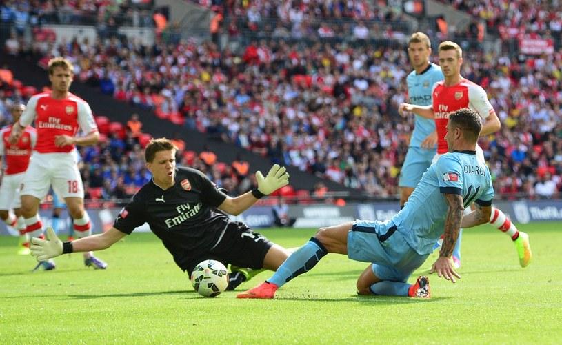 Wojciech Szczęsny w akcji podczas meczu Premier League /AFP