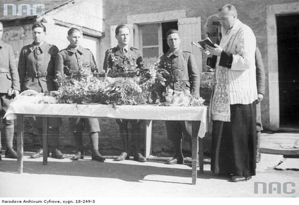 Obchody Wielkanocy w Wojsku Polskim we Francji, 1940