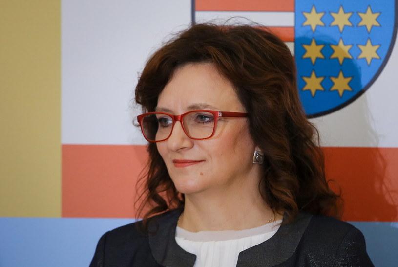 Wojewoda świętokrzyski Agata Wojtyszek po odebraniu aktu powołania /Paweł  Supernak  /PAP