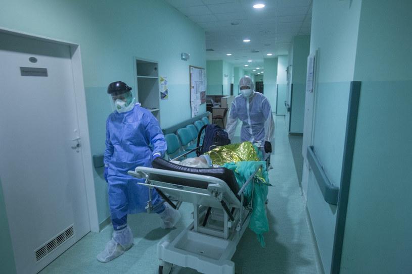 Wojewódzki Szpital Specjalistyczny im. J. Gromkowskiego we Wrocławiu, który został przekształcony w szpital jednoimienny z powodu epidemii koronawirusa SARS-CoV-2 /fot. Marek M Berezowski /Reporter