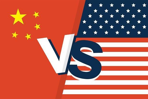 Wojna handlowa między USA a Chinami przybiera coraz groźniejszą postać /©123RF/PICSEL
